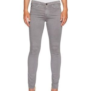 BRAND NEW AG SKINNY JEANS-BOUTIQUE OWNED.